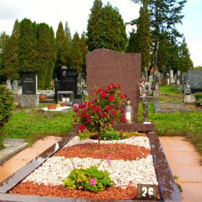 Kamenná náhrobní deska