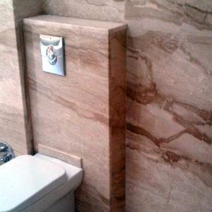 Kamenná dlažba toaleta