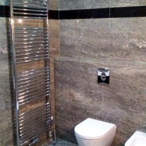 Kamenná dlažba koupelna