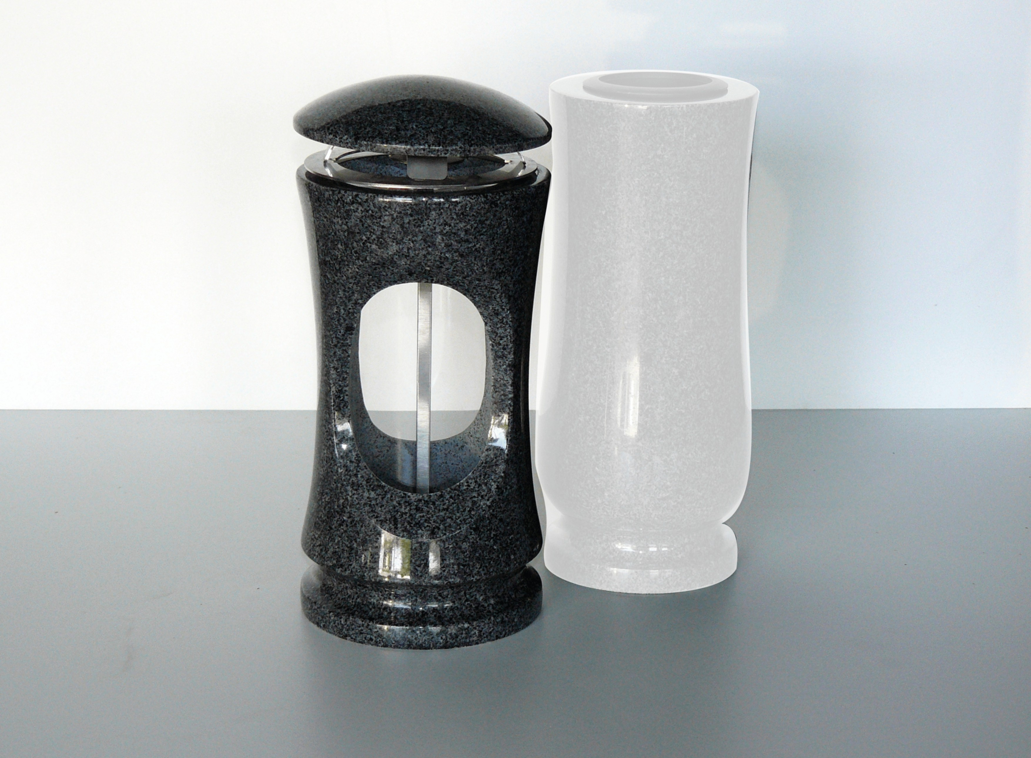váza granit