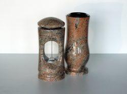 kamenný set váza a lampa