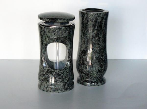 svítilna a váza granit